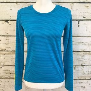 REEBOK girl's top All smiles youth Sz 12/14 blue